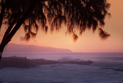 Kristian Gallagher Royalty-Free and Rights-Managed Images - North Shore Dusk by Kristian Gallagher
