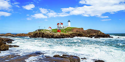 Photograph - Nubble Light 6x3 by Robert Clifford