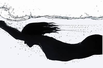 Photograph - Nude Diving, Silhouette by Udo Kilian