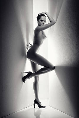 Modern Sophistication Line Drawings - Nude Woman between walls by Johan Swanepoel