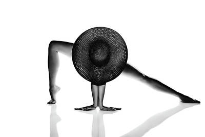 Aretha Franklin - Nude Woman Black hat by Johan Swanepoel