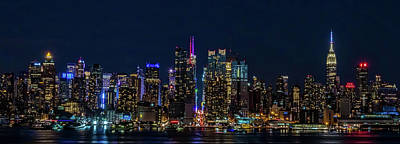 Photograph - Nyc At Night by Francisco Gomez