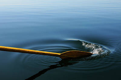 Oar Photograph - Oar Breaking Surface Of Water by Tobi Corney