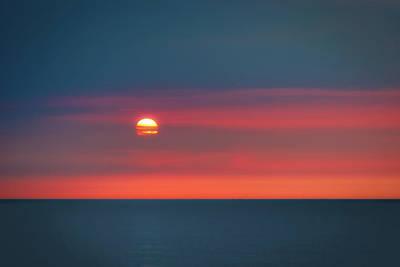 Pacific Ocean Photograph - Ocean Sunrise by Tom Mc Nemar