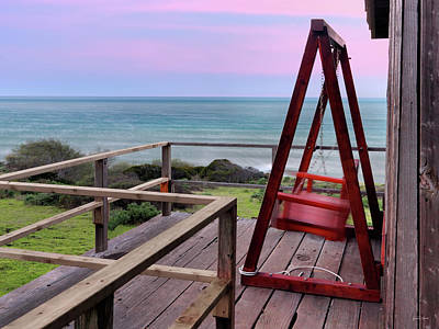 Photograph - Ocean View Seat by Leland D Howard