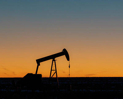 Photograph - Oil Pump After Sunset 03 by Rob Graham