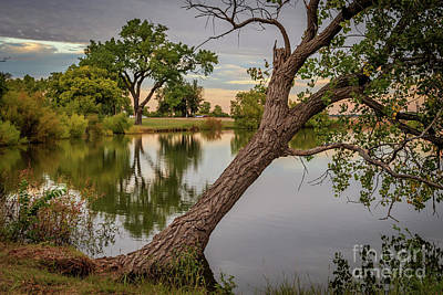 Photograph - Oklahoma City's Lake Hefner At The Days End In Early Autumn by Richard Smith