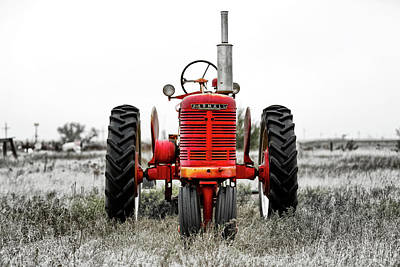 Photograph - Old American Tractor by Jose Luis Vilchez