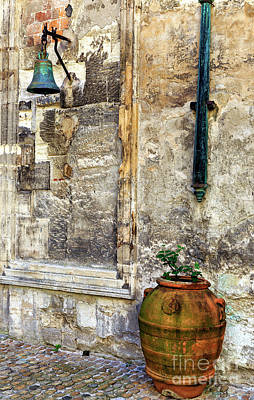 Photograph - Old Avignon Style by John Rizzuto