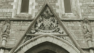 Art Print featuring the photograph Old Coat Of Arms On Plymouth Guildhall by Jacek Wojnarowski