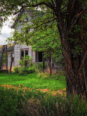 Photograph - Old Farmhouse by Thomas Hall