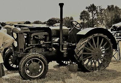Digital Art - Ye Old Tractor by David Manlove