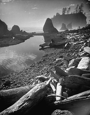 Photograph - Olympic National Park Peninsula At Ruby by Loomis Dean