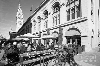 Photograph - Outdoor Dining At The San Francisco Ferry Building Market Bar Dsc6757bw by Wingsdomain Art and Photography