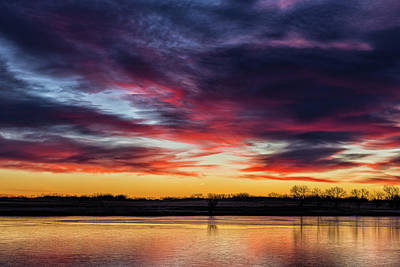 Photograph - Paintbrush-like Clouds In Shades Of Purple And Red by Tony Hake