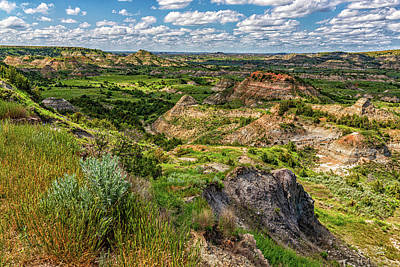 Photograph - Painted Canyon Overlook North Dakota by Gestalt Imagery