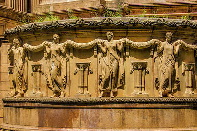 Photograph - Palace Of Fine Arts Female Beautys  by Garry Gay