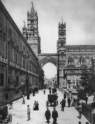 Photograph - Palermo Street by Alinari