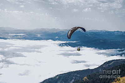 Photograph - Paragliding From Rendezvous Mountain by Eye of Arius
