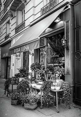 Photograph - Rosa Luna Paris Flower Shop by Georgia Fowler