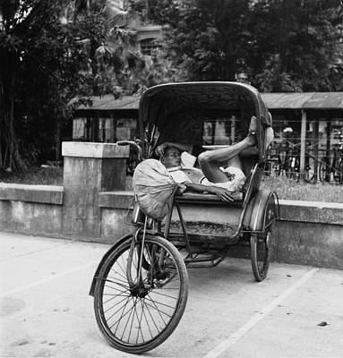 Photograph - Pedicab Nap by Gigon