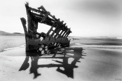 Photograph - Peter Iredale Shipwreck by Dee Browning