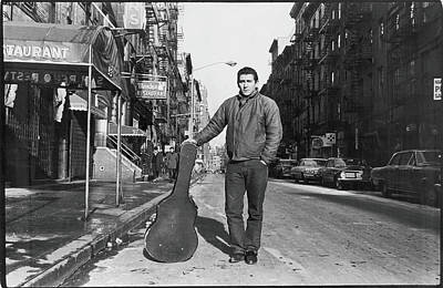 Photograph - Phil Ochs In The Village by Fred W. Mcdarrah