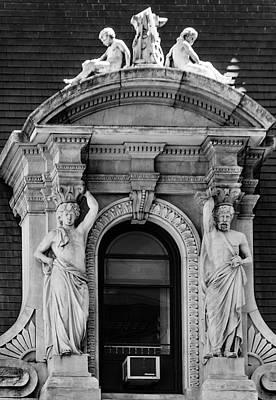 Wall Art - Photograph - Philadelphia Caryatids by Steven Richman