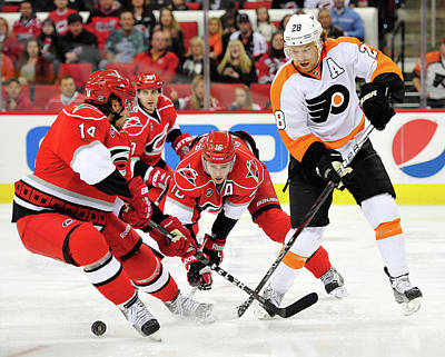Photograph - Philadelphia Flyers V Carolina by Grant Halverson