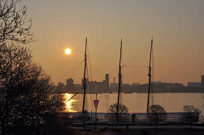 Photograph - Philadelphia - Tall Ship Gazela At Penns Landing Sunrise by Bill Cannon