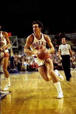 Photograph - Phoenix Suns Vs. Milwaukee Bucks by Vernon Biever