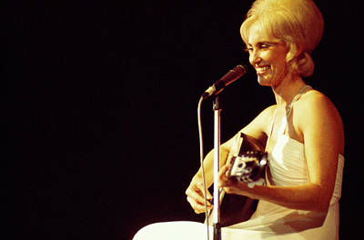 Photograph - Photo Of Tammy Wynette by Andrew Putler