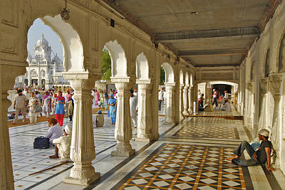 Indian Culture Photograph - Pilgrims At The Golden Temple, Sikh by Kay Maeritz / Look-foto