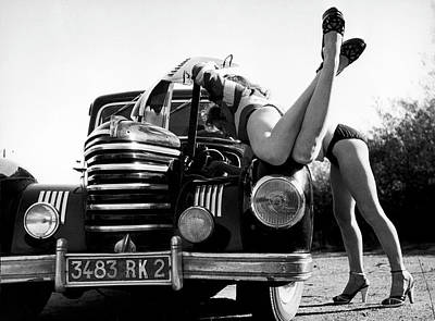 Photograph - Pin-up In France In 1946 - by Serge De Sazo