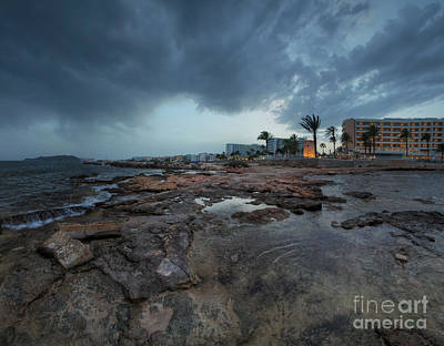 Photograph - Playa D'en Bossa 7.0 by Yhun Suarez