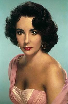 Photograph - Portrait Of Elizabeth Taylor In 1951 by Api
