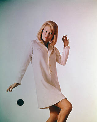 Photograph - Portrait Of Faye Dunaway by Hulton Archive