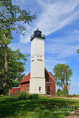 Photograph - Presque Isle Light by Jill Lang