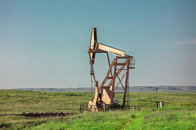 Photograph - Pumping For Oil by Todd Klassy