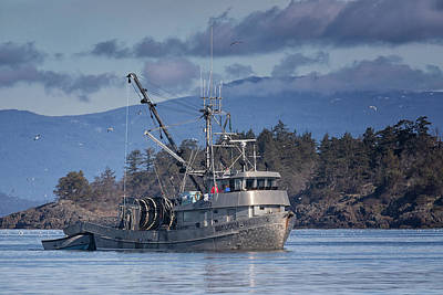 Photograph - Qualicum Producer In Nw Bay by Randy Hall