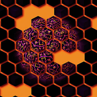Digital Art - Queen Bee by Susan Maxwell Schmidt