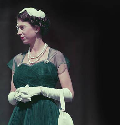 Photograph - Queen In Melbourne by Fox Photos