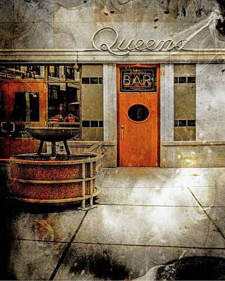 Photograph - Queens Bar Dsc_1304 Artwork by Michael Thomas