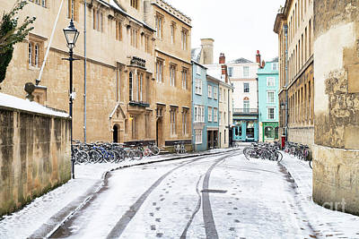 Photograph - Queens Lane Oxford In Winter by Tim Gainey