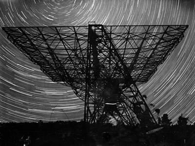 Photograph - Radiotelescope by Keystone