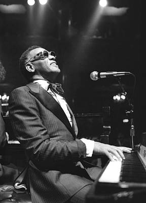 Photograph - Ray Charles Performing by Tom Copi