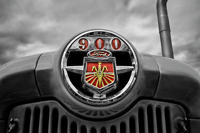 Photograph - Ready For More... Ford Tractor 900 Series by Luke Moore