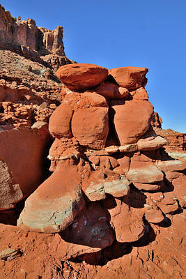 Photograph - Red And White Rock Towers Near Moab Utah by Ray Mathis