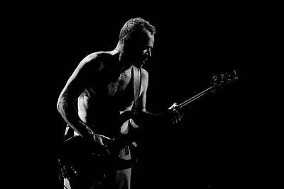 Red Hot Chili Peppers Wall Art - Photograph - Red Hot Chili Peppers Perform At O2 by Neil Lupin