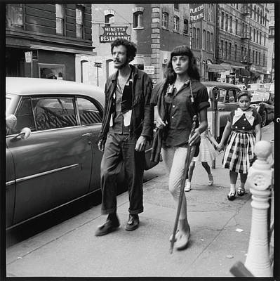 Photograph - Redmoon & Louise On Macdougal Street by Fred W. Mcdarrah